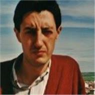 Profesor de lengua, literatura, filosofía, geografía e historia para e.s.o. y bachillerato.