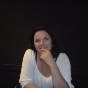 Claudia Lenzner