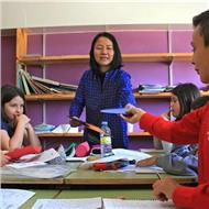 Profesora nativa ofrece clases de chino y caligrafía china (particular / grupo)