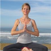 Cours de yoga et yogathérapie à domicile