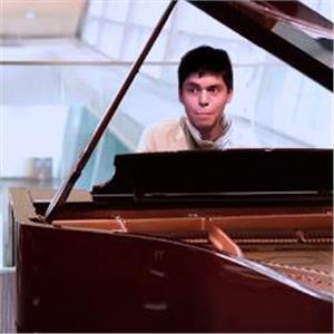 Leonardo Profesor De Piano