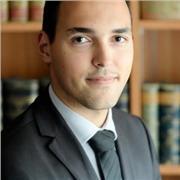 Docteur en droit propose cours de droit, assistance à la rédaction et relecture analytique de mémoires et thèses