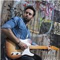 Clases de guitarra (profesor titulado y con experiencia)