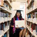 Soy una cualificada abogada y psicóloga de habla inglesa con experiencia en tutorías a nivel universitario