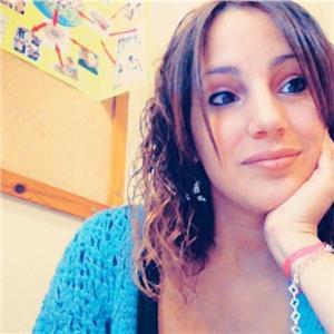 Raquel C M