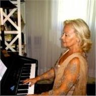 Canto y piano clases particulares, en nueva andalucia, principiantes, adultos gran experiencia
