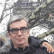 Professeur portugais expatrié 20 ans au Brésil