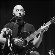 Musicien Professionnel avec plus de 10 ans d'expérience donne cours de Guitare