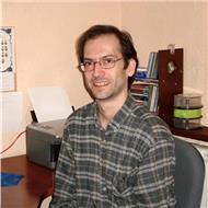 Ingeniero informático, certificado, imparte clases de programación