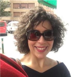 Claudia Severino B