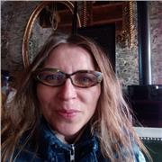 Proffeseur du piano je suis a Pornic dans mon ateliere pour piano/ peinture, je peux parler allemand, titul universitaire
