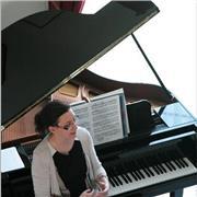 Professeur de piano depuis presque 20 à Mennecy