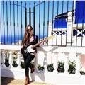 Doy clases de guitarra y canto a todas las edades