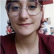 étudiante en design, possédant le baccalauréat littéraire, cherche des élèves pour cours d'anglais particuliers