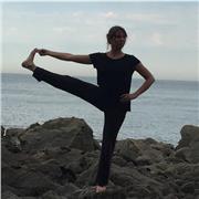 Pédagogue en yoga et conscience du mouvement, relaxation pour se fortifier, se détendre, retrouver la confiance en ses appuis physiques