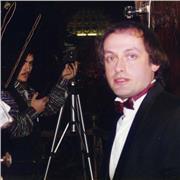 Chef de choeur et orchestre /Professeur de piano - concertiste/claveciniste- organiste
