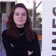 Etudiante donnant des cours particuliers en physique ou maths, actuellement en double-diplôme Mines Nancy - Sciences Po Paris