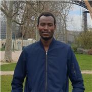 Professeur de mathématique général,appliqué et informatique offre des cours particuliers de conversation pour adultes à Paris