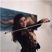 Étudiante au Conservatoire de musique d'Annemasse, je donne des cours de soutien de violon pour débutants (entre 1 et 4 ans d'expérience)