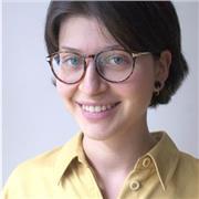 Professeur d'italien native, diplômée de l'Ecole Normale Supérieure