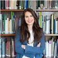 Franco-chilena realiza clases de francés en temuco