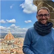 Guide conférencier, bilingue anglais italien, vécu 1 an en Italie. Je souhaite donner des cours particuliers d'italien ou de conversation
