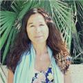 Profesora con amplia experiencia educativa imparte clases de inglés, science, biology