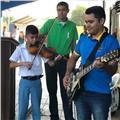 Clases de guitarra, piano y ukulele