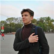 Étudiant à l'université Paris-Dauphine qui propose des cours particulières en russe pour tout le monde