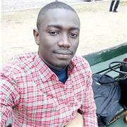 Étudiant en MBA dans une ecole de commerce avec un bon niveau en français et en anglais