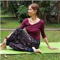 Profesora internacional de yoga con más de 20 años de experiencia en argentina y usa  yoga para principiantes (niños y adultos)