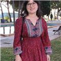 Profesora, licenciada y apasionada de la lengua y la literatura, con experiencia en institutos