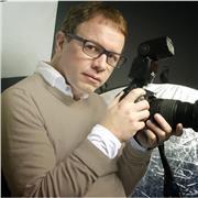 Photographe Vidéaste professionnelle 15 ans d'experience en portrait shooting , reportage, documentaire, clip