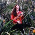Profesora de violín ofrece clases particulares para aprender a expresarse a través de la música y mejorando su actividad motriz y creativa