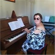 Professeur de piano diplômée du conservatoire de Lyon et Chambery donne cours de piano