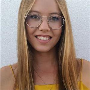 Elena Alvarezz