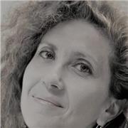 Formatrice passionnée, de langue maternelle italienne, tous niveaux