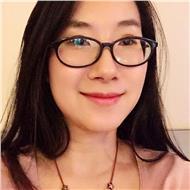 Porfesora china que busca sus alumnos