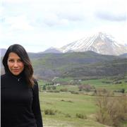Professeur passionnée par les langues donne des cours d'espagnol et d'anglais