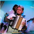 Profesor de acordeón diatónico ofrece clases a niños y adultos