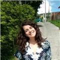 Educadora italiana con experiencia en cursos a domicilio y acompañamiento al aprendizaje ofrece cursos de idioma y conversaciones online para niños y adultos
