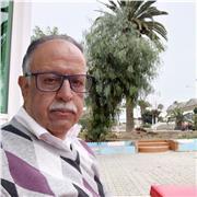 Ancien prof marocain, assure des cours de mise à niveau et approfondies en maths et en physuque-chimie