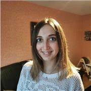 Étudiante niveau bac+3 d'une licence de siences de l'éducation qui propose son aide pour le français