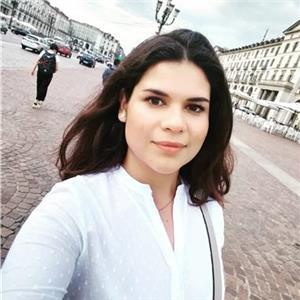 Isabel Andrea Arias