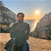 Ex -professeur d'arabe classique et dialectal au Caire pour les francophones et arabophones, j'enseigne l'arabe à distance et à domicile