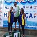 Entrenador de natación para personas con discapacidad y convencionales