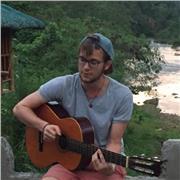 Professeur de guitare niveau débutants et intermédiaires