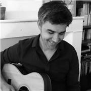 Professeur de guitare niveau débutant et moyen