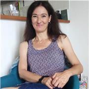 Professeure certifiée donne cours de français et musique