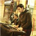 Clases de piano y armonía. profesor licenciado en música y sonido